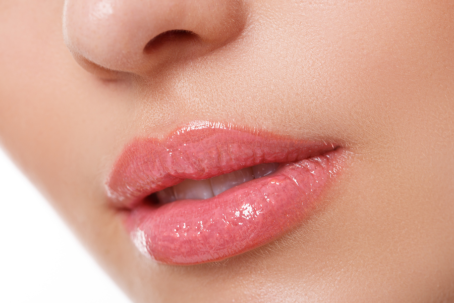 Jak dbać o usta? Total Lip Treatment od Sensai Cellular Performance