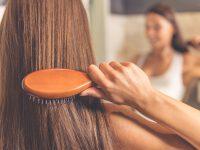 Jak rozczesać kołtun, żeby nie zniszczyć włosów?