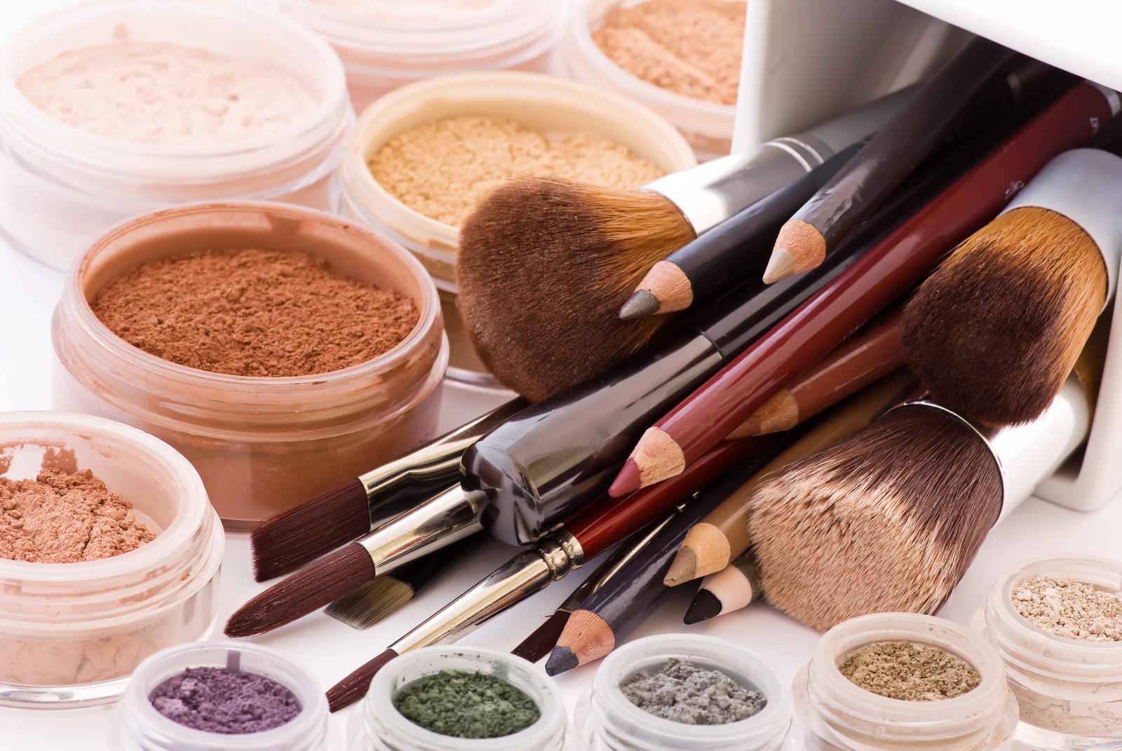 Dlaczego warto stosować kosmetyki mineralne?